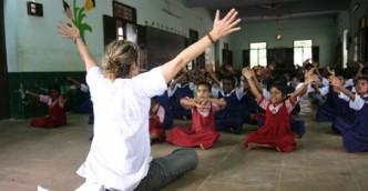 Teach children - Volunteer abroad Voluntourism
