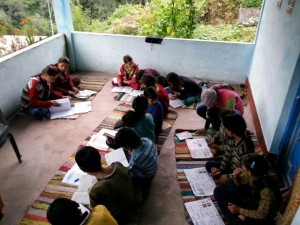Volunteer in Uttarakhand, Volunteering in Uttarakhand after the floods, Impromptu volunteer school, teaching children in villages