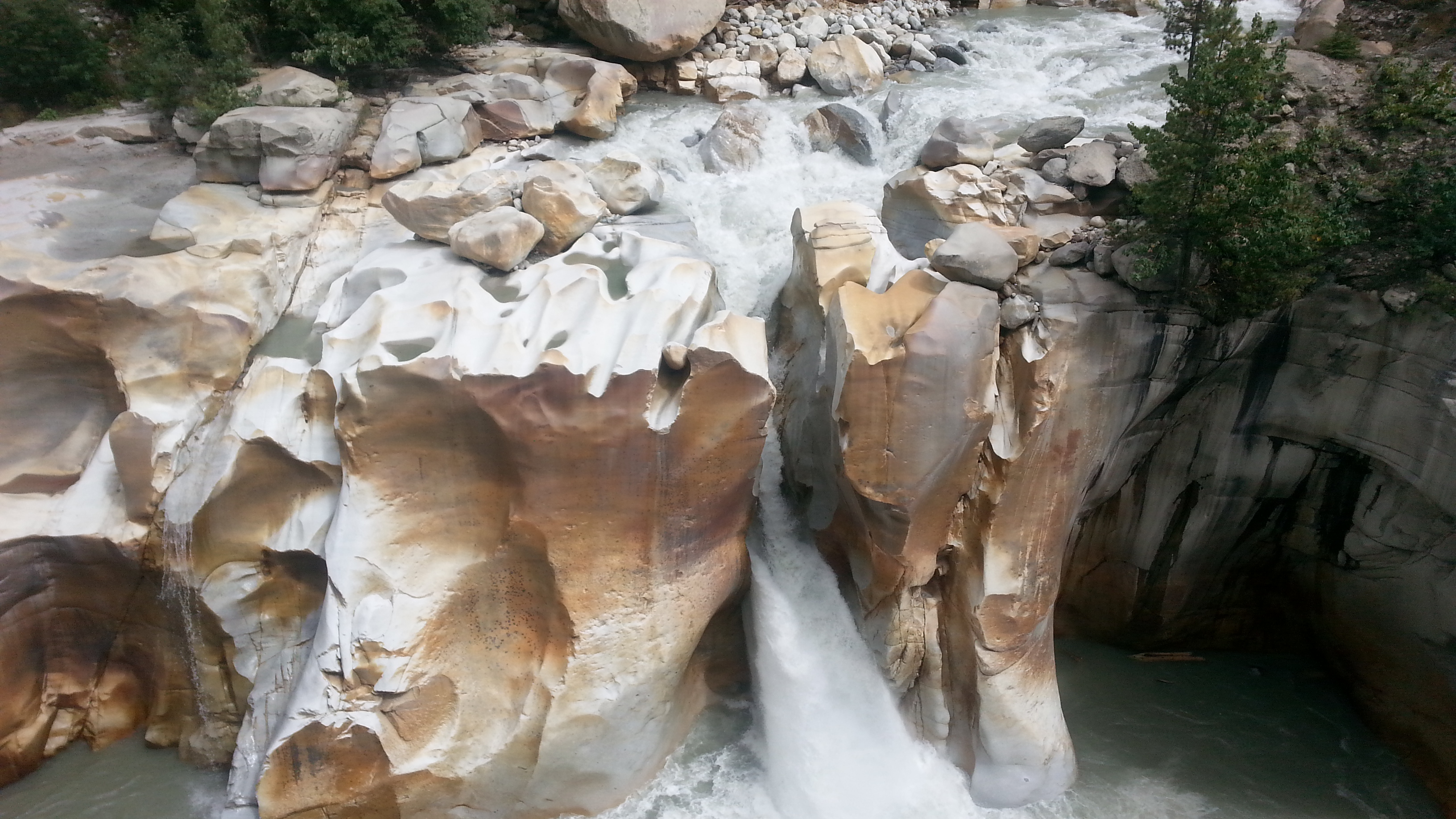 Gangotri - Golden stones at a point where river flows down